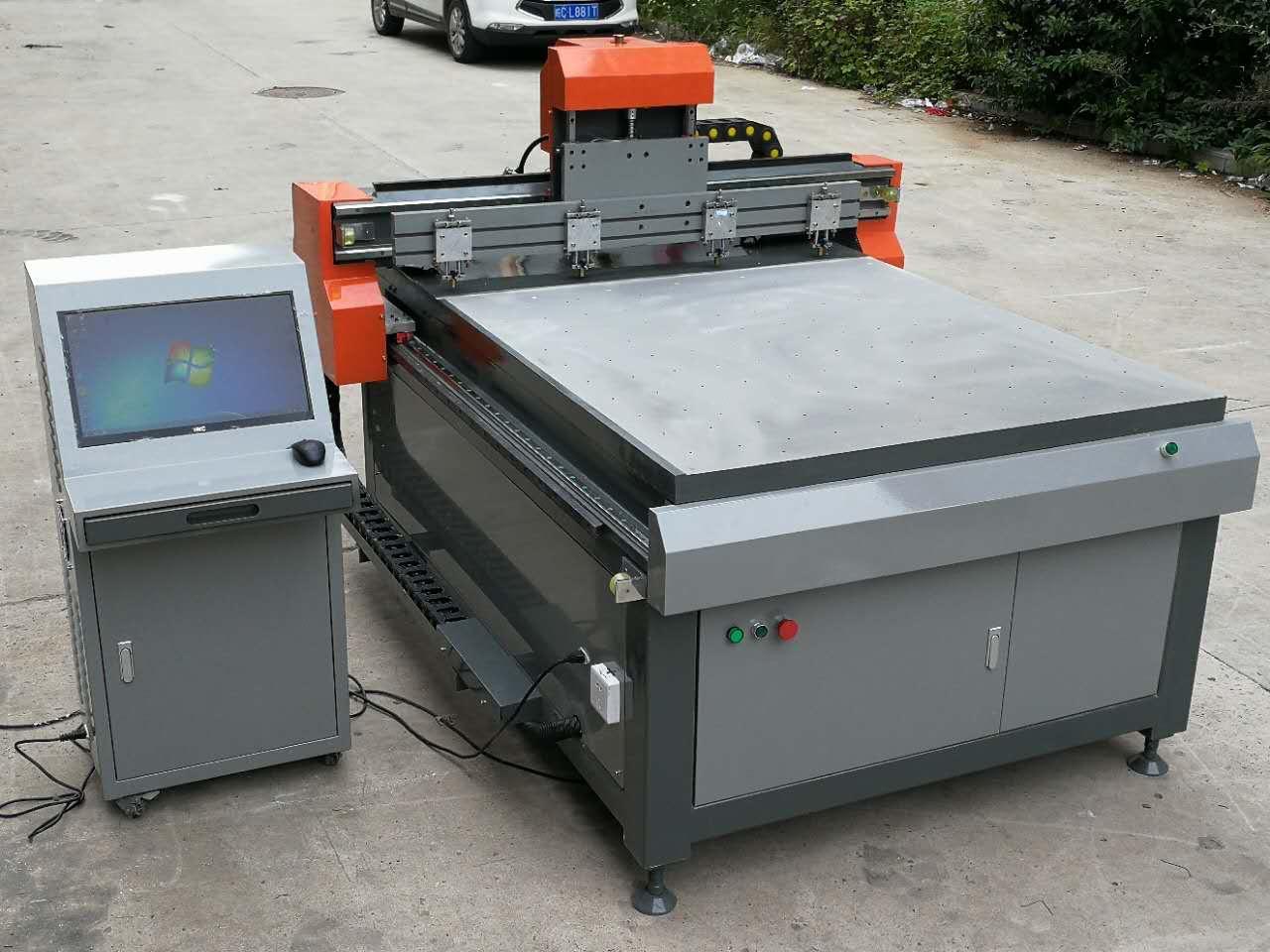 Máy cắt kính CNC RF-1312