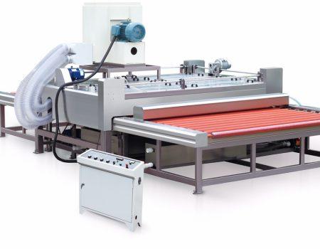 Máy rửa kính X2500 1. Kích cỡ gia công nhỏ nhất: 350×350mm 2. Độ dày kính gia công: 3 ~ 19mm 3. Công suất: 24.7kw 4. Kích thước máy: 6080×3170×3000mm 5. Trọng lượng: 3500kg 7. Kích cỡ gia công lớn nhất: 2500 ~ 3660mm 8. Điện áp: 380V 50HZ 9. Tốc độ làm sạch: 1.0-4.0m/min