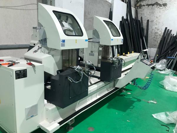 Gopco bàn giao máy cắt nhôm 2 đầu Thổ Nhĩ Kỳ cho công ty HOPO